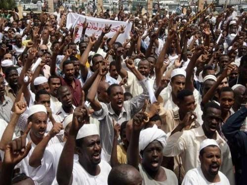 احتجاجات السودان تخطط لتظاهرات ليلية وعصيان مدني (تفاصيل)