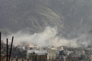 العمالقة تعلن استشهاد ٥ أشخاص بينهم امرأتين جراء قصف حوثي بالحديدة