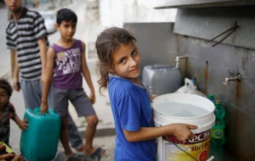 اليونيسف ترصد معاناة غزة في البحث على مياه نظيفة