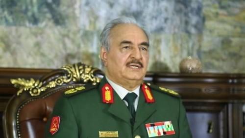 """حفتر يطلق حملة عسكرية لـ""""تطهير"""" الجنوب الليبي من الإرهابيين"""