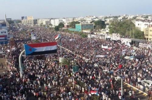 المرشدي: الشرعية تُسلم اليمن وترفض استعادة الجنوب لدولتهم