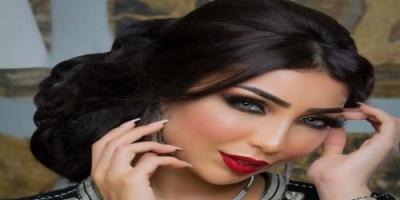 """المغربية دنيا بطمة تتألق بالأسود في أحدث جلسة تصوير لها """"صور"""""""