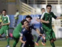 اليابان تفوز على أوزبكستان 2 - 1