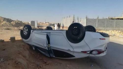 انقلاب سيارة بثلاثة يمنيين مقيمين في السعودية (صورة)