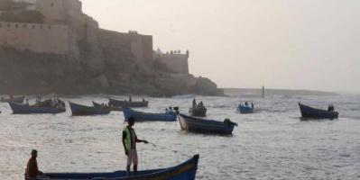 المغرب.. إنقاذ 30 صيادًا علقوا بالبحر