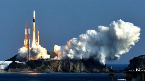 القرشي يتوقع بداية سباق تسلح دولي في الفضاء الخارجي