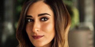 """أمينة خليل تواصل تصوير دورها في فيلم """" أعز الولد """""""