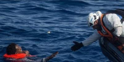 """"""" العفو الدولية """" تستنكر تجاهل أوروبا للعالقين في البحر"""