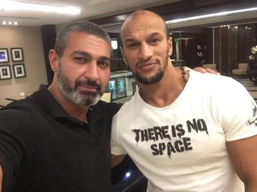 """ياسر جلال يواصل تصوير مسلسله """" لمس أكتاف"""""""