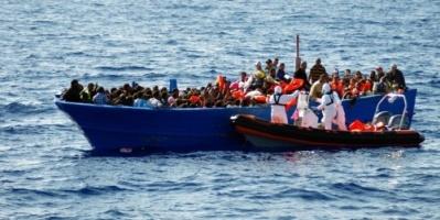 الداخلية الجزائرية تتوعد مجموعات تحرض على الهجرة عبر مراكب الموت