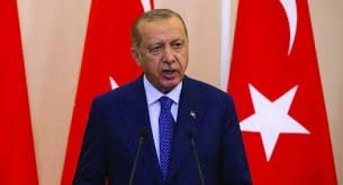 سياسي تركي يفضح العدالة المشوهة لـ أردوغان (فيديو)