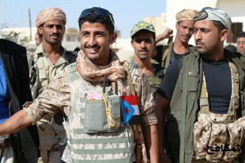 النخبة الشبوانية تُقيم نقطة عسكرية جديدة لتأمين الخط الدولي شبوة-عدن