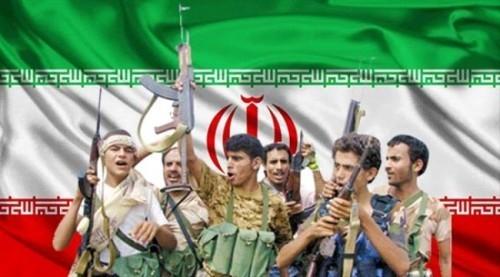 باحث: شقيق أحد القيادات الحوثية متورط في بيع النفط الإيراني