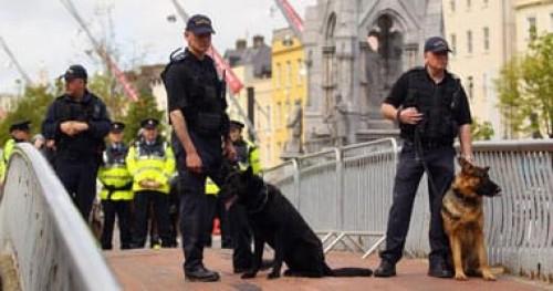 إيرلندا: لم نستدل على شبهة عمل إرهابي في تفجير لندنديرى