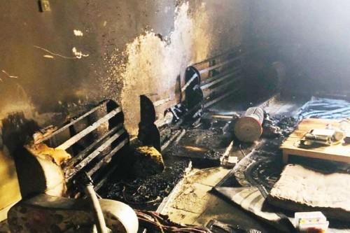 الدفاع المدني السعودي يخمد حريقا بحي الضاحي