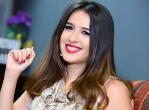 """ياسمين عبد العزيز تواصل تصوير مسلسل """" الملكة """""""