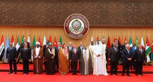 إعلامي سعودي يكشف سبب المقاطعة العربية لقمة لبنان