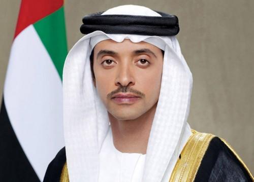الشيخ هزاع يهنئ المنتخب والجمهور بفوز الإمارات