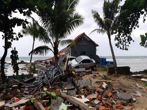زلزال بقوة 6 ريختر يضرب وسط أندونيسيا