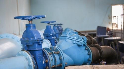 اليونيسيف: إعادة تأهيل 13 مشروعا للمياه لخدمة النازحين في الحديدة