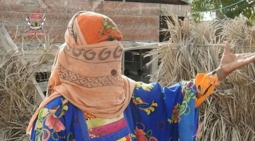 شاهد.. مليشيا الحوثي تستهدف أسرة نازحة في منطقة الجاح بمديرية بيت الفقيه