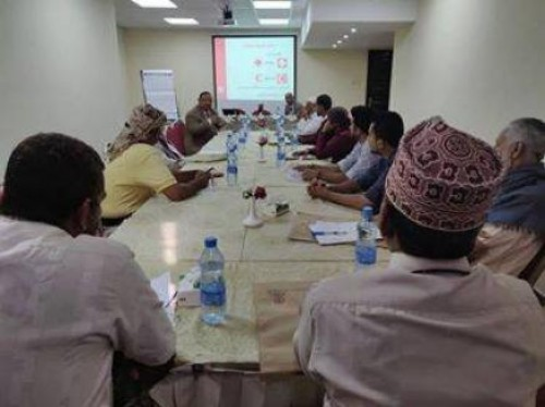 اجتماعات بين اللجنة الدولية للصليب الأحمر وأئمة المساجد بعدن