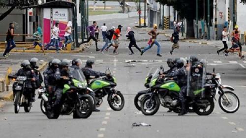 الصين تعلن دعمها لمادورو وجهود الحكومة الفنزويلية لاستقلال البلاد