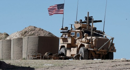 لهذا السبب.. الجيش الأمريكي يحتفظ بقاعدة المثلث الاستراتيجي بسوريا