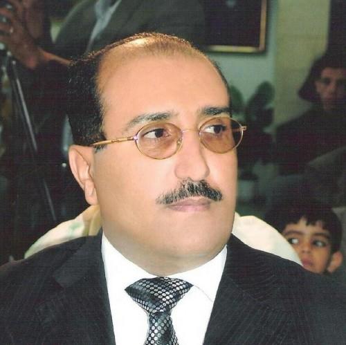 ميليشيا الحوثي تعتقل وزير الثقافة السابق