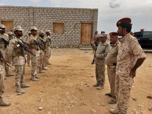 بالصور ..البحسني يكرم قيادة وأفراد نقطة الصلب العسكرية تقديراً لجهودهم المتميزة