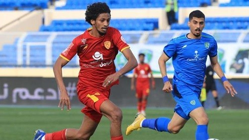 الفتح يفوز على القادسية 2-0 في الدوري السعودي