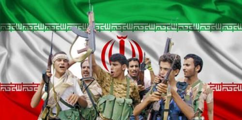 سياسي: إيران تُحاول إنقاذ الحوثي.. ومشروعهم فشل