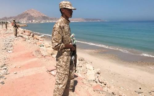 سياسي: الساحل اليمني يتمنى الخلاص من الحوثي