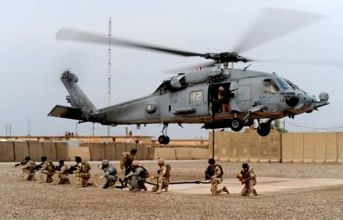 لملاحقة مليشيات إيران.. قوة أمريكية تُنفذ عملية سرية بالعراق