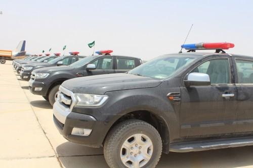 """""""أمن سيئون"""" يتسلم 8 مركبات مقدمة من السعودية"""