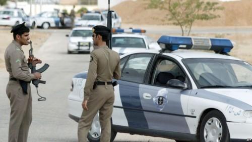ضبط عنصرين استهدفا دورية شرطة بطلقات نار بالسعودية