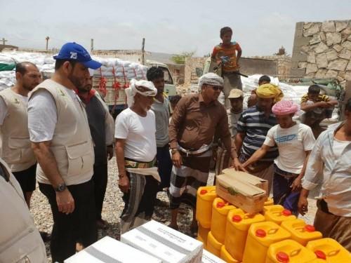 الإمارات تقدم مساعدات ضخمة لأهالي جزيرة سقطرى