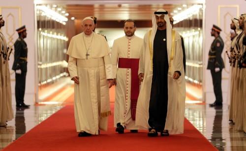 القرشي: أمريكا تهتم باللقاء التاريخي في الإمارات
