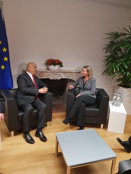 وزير الخارجية يلتقي الممثلة العليا للشؤون الأمنية والخارجية بالاتحاد الأوروبي