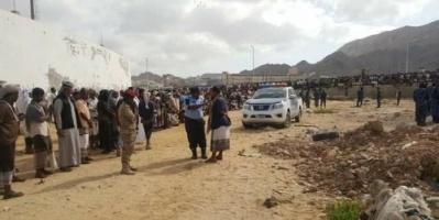 القصاص من قتلة باقطمي.. تنفيذ حكم الإعدام في مدانيين بالمكلا (صور)