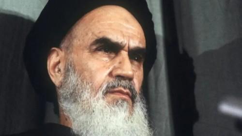 """أول رئيس إيراني يكشف تفاصيل خيانة """" الخميني """" للثورة"""