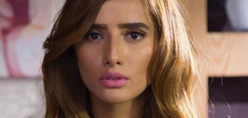 زينة تشارك متابعيها الاحتفال بعيد ميلادها.. (فيديو)