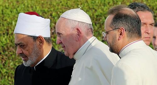 صحافي: التاريخ سيتذكر قداس البابا في الإمارات