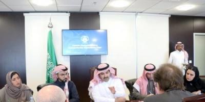 آل جابر يستعرض مشروعات البرنامج السعودي لإعمار اليمن