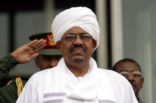 البشير يترأس وفد بلاده في قمة الاتحاد الأفريقي