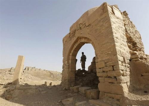 الحوثي وإرث اليمن.. عندما يخطط السارق لحفظ الهوية! (تقرير)
