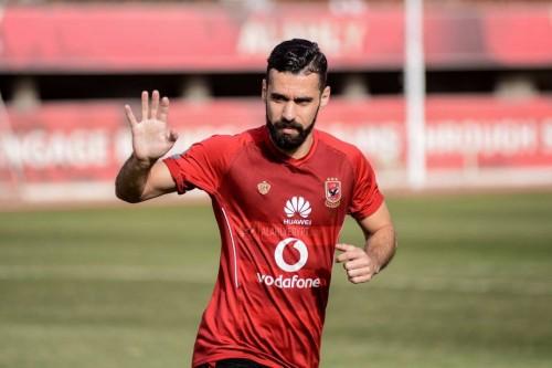 نادي الأهلي المصري يحرك شكوى ضد اللاعب عبدالله السعيد