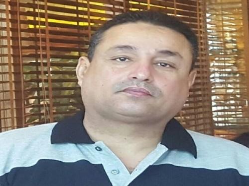 الحوثيون يقيلون وزير سياحتهم ناصر باقزقوز (خاص)
