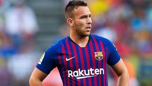 برشلونة يعلن إصابة نجم الفريق لمدة شهر