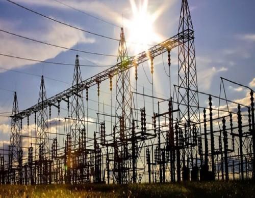 العراق تبدأ تسديد ديونها المتراكمة من الكهرباء لإيران